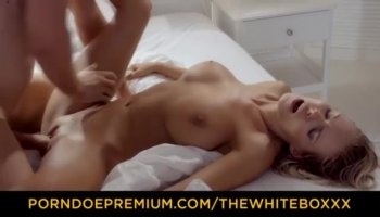 Nonstop dickriding by a girl in front of cams